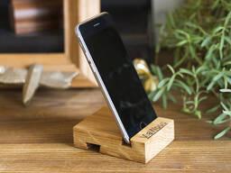 Smartphone stand made of oak or alder